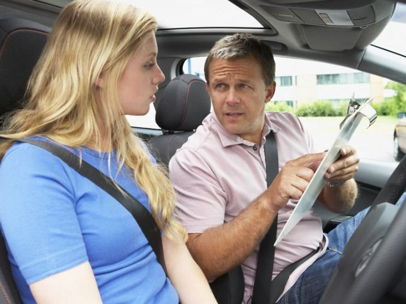 Как стать инструктором по вождению автомобиля в автошколе