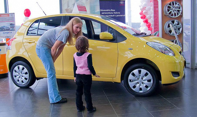Можно ли использовать материнский капитал на покупку автомобиля?