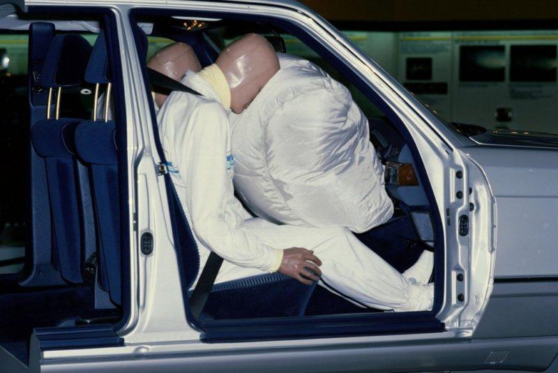 Передний пассажир при аварии